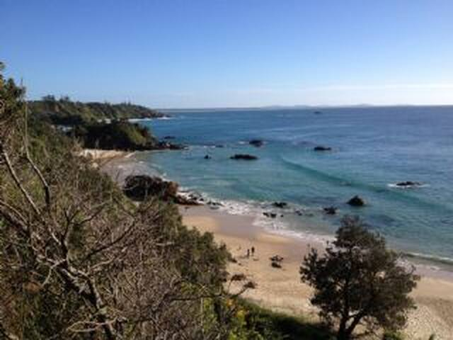 Central to beaches & town centre. - Port Macquarie - Huis