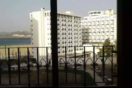 Tres grand appartement vue sur mer Tanger - Fnideq - Lejlighed