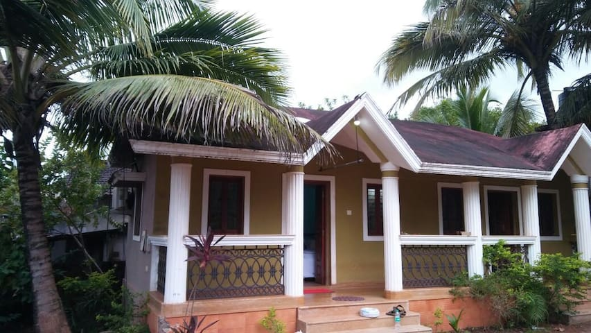 2 Bedrooms Villa Suitable up to 2-6 People