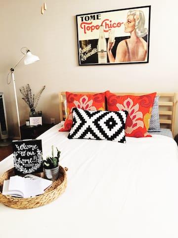 Vintage Charm Guest Room in Heights - Houston - Apto. en complejo residencial