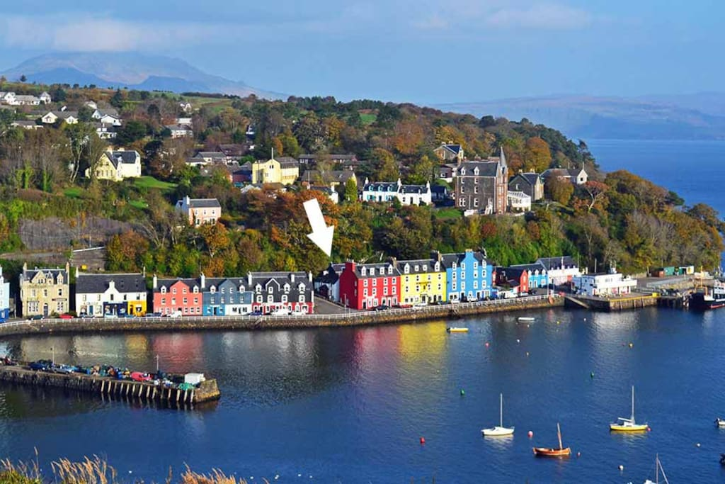 Back Brae Lodge location in Tobermory, Isle of Mull.