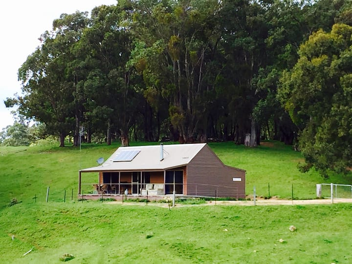 Quiet, Relax Farm Stay in a Cottage - Drovers