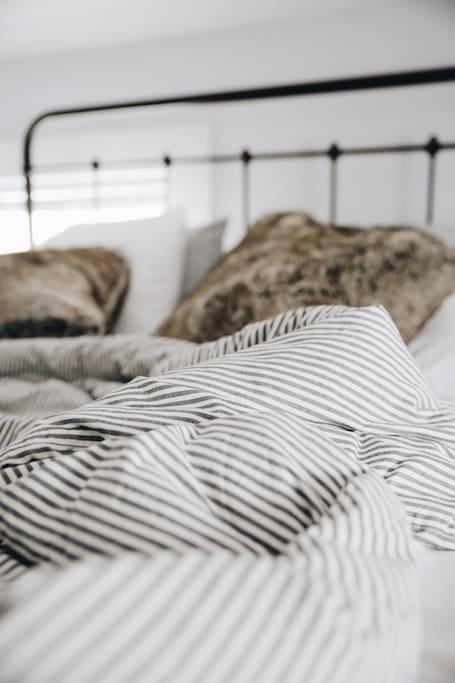 Romantic room, ticking stripe comforter