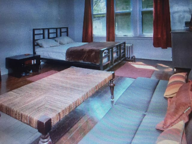 3 Fully Furnished Apts 1 House! - Lansdowne - Wohnung