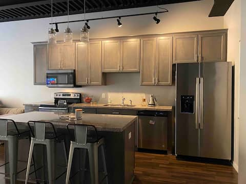 Downtown St. Cloud Loft With Rooftop