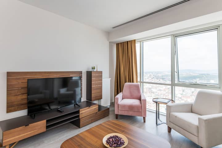 Elite 2 Bedroom Family Residence Y1