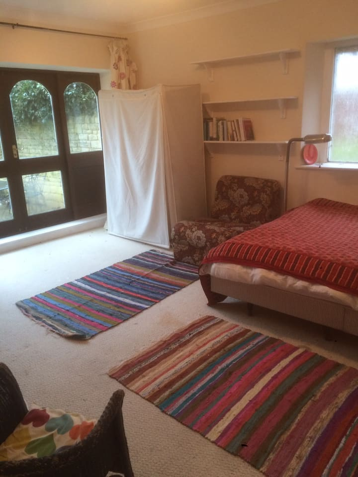 Large private room in friendly family house