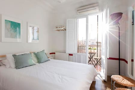 Apartamento amplio 2HAB/4PAX en Argüelles - Madrid