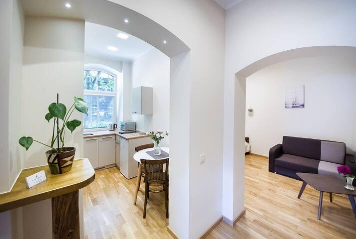 Red Brick Apartments (No.3)