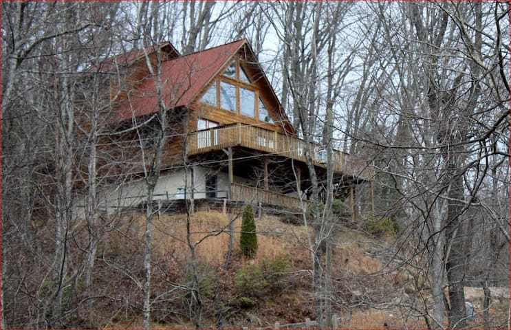 Waterfalls Rd Cabin-Close to Downtown Blowing Rock - Lenoir - 小屋