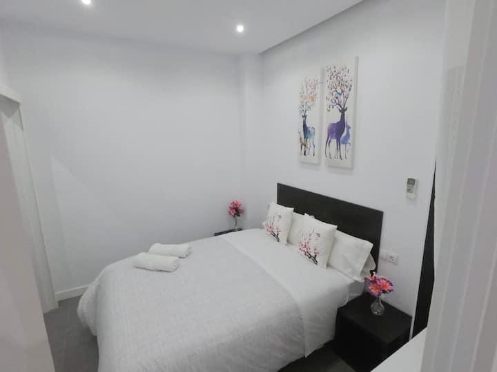 Céntrica habitación Doble Baño privado en Málaga