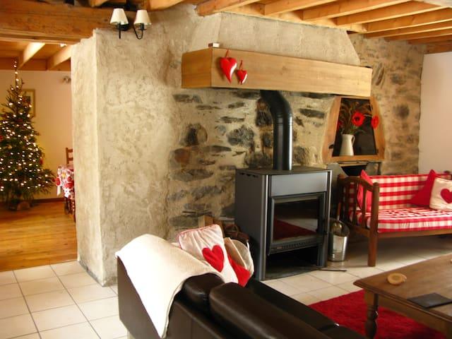 10 Bed Converted Haybarn - Near Bourg D'Oisans! - Chantelouve - Chalet