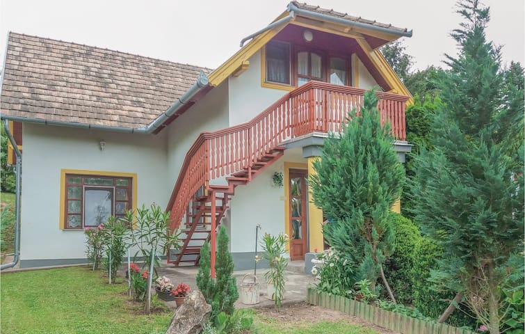 Holiday cottage with 4 bedrooms on 86m² in Igal