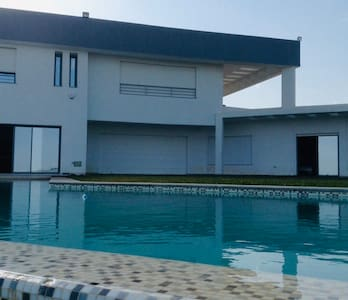 Villa k6 A la campagne et proximité aéroport calme