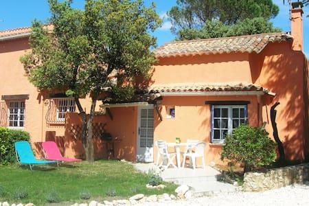 Gîte en Provence à Uzès-Piscine - Saint-Siffret