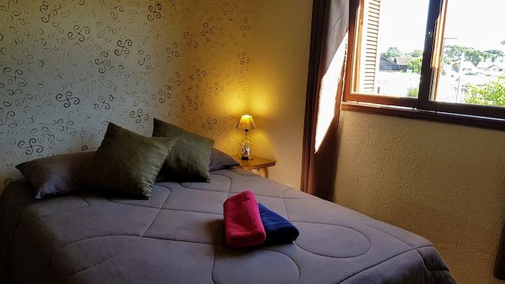 Apartamento com internet rápida e ar condicionado