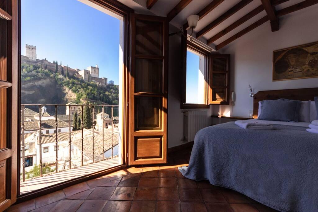 Podrás despertar con esta maravillosa imagen de la Alhambra