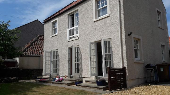 The Garden House, Elie