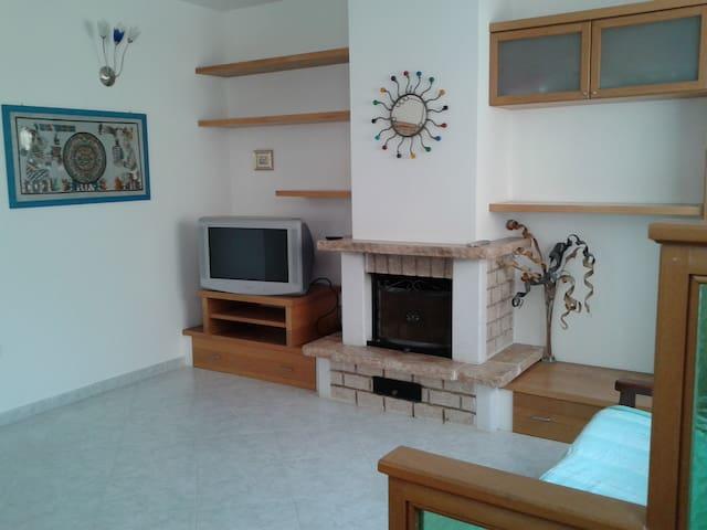 Splendida abitazione a 50mt dalla spiaggia - Lampedusa