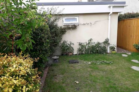 Self contained annex with 2 bedrooms and bathroom