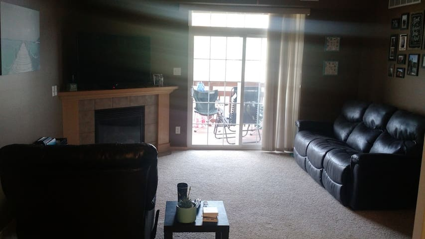 Newer Condo in North Liberty