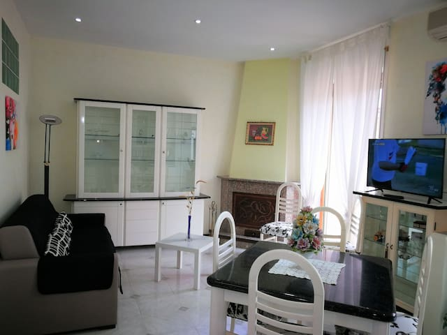 SALERNO-M100 SEA/CENTER/3 TV HD/WIFI CLIMA / PARKS