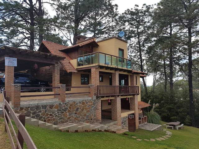 Lujosa cabaña - Mazamitla - Haus