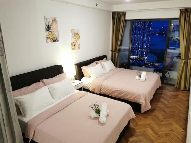 1 King size and 1 Queen size bed in the bedroom with sunblock curtain for your good sleep even in daytime.