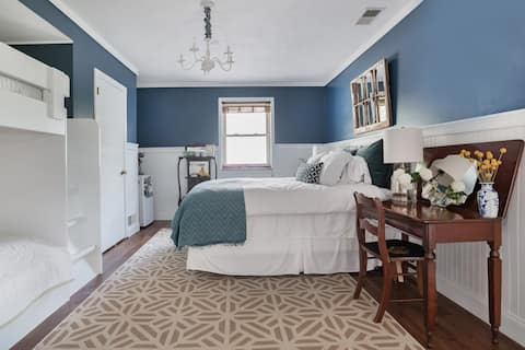 Family Friendly Apartment in Beautiful North Asheville