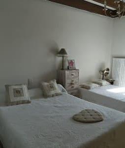 Chambre chez l'habitant - Costaros