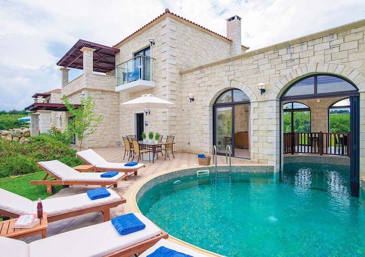 Villas Platanias - 4 bedroom villa