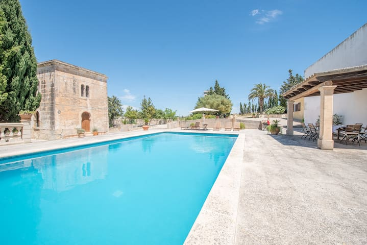 Rustic villa from XVIII century for 6 people near