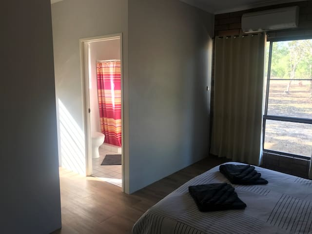 Master bedroom and en-suite