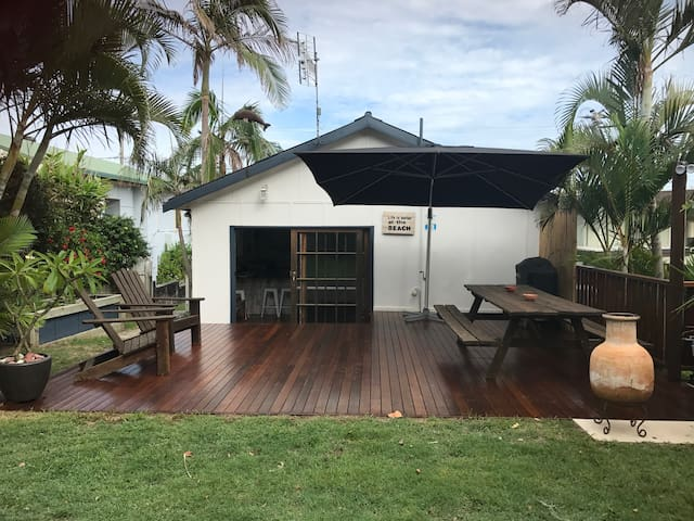 Brand new back deck with a huge umbrella.
