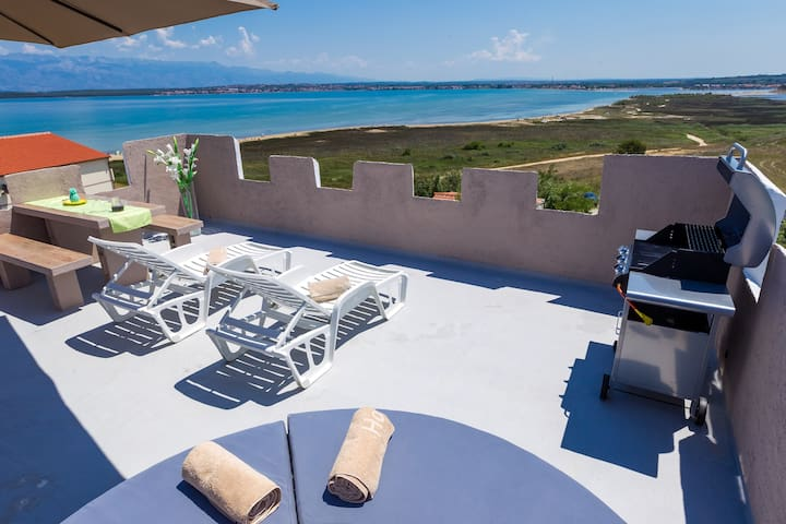 Vila Kula Apartment 6 With (Phone number hidden by Airbnb) $ TERRACE