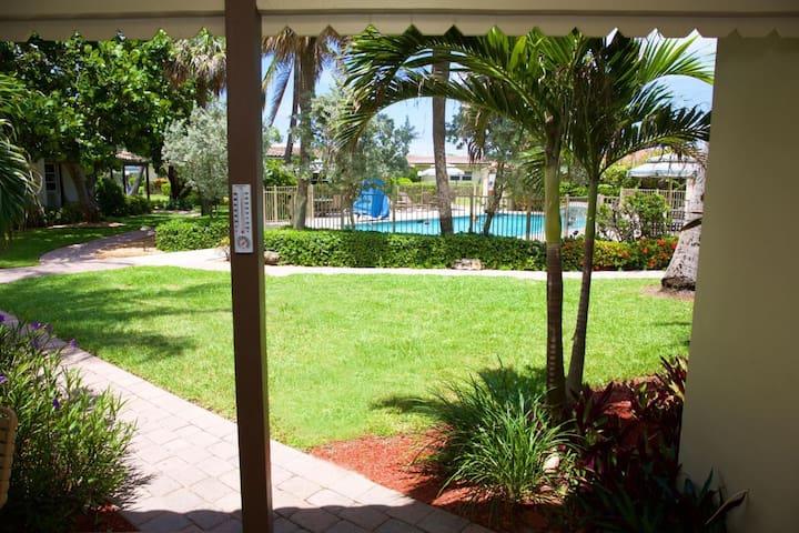 Beach Resort Villa on Ocean +Intracoastal Side M