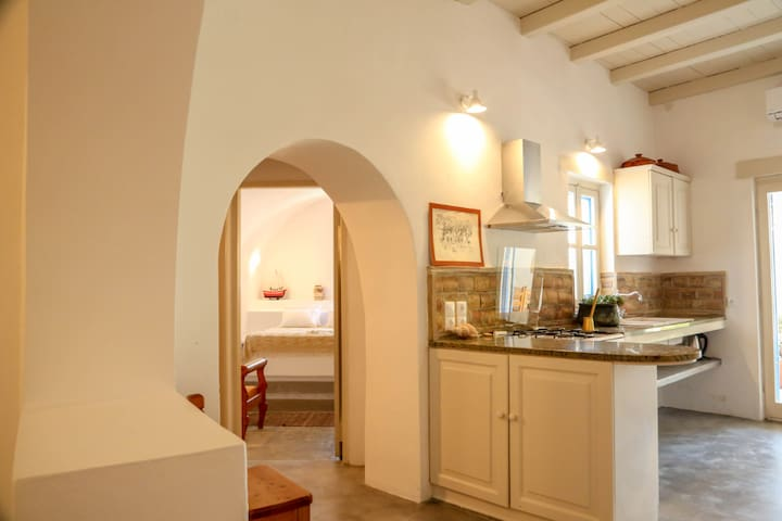 Borantza stone house - lgbtiqa+ friendly