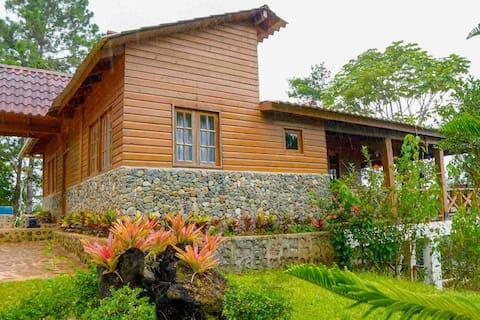 Villa Beatriz  vista hacia la montaña, buen clima
