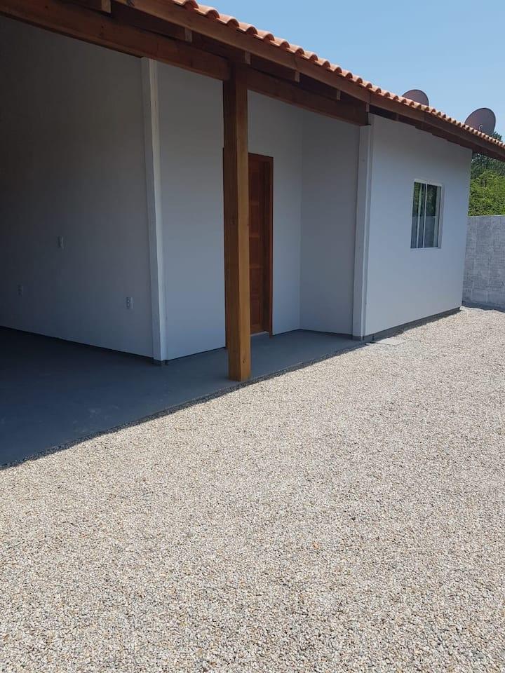 Casa na Lagoa do Quintino. (CASA 01)