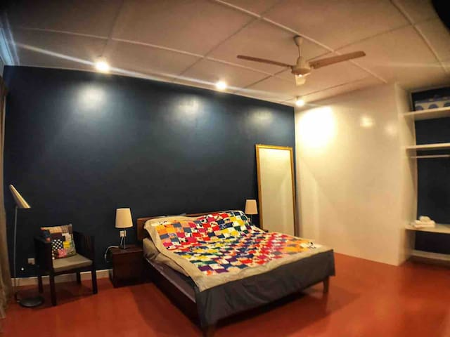 The Blue Bonnet room is spacious and furnished with solid wood bed, arm chair and desk! Our goal is to provide a cozy environment, comfy bed for well deserve rest when you are travelling.