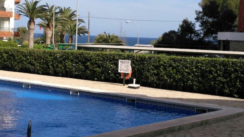 Apartamento en primera linea de mar - Miami Platja - Leilighet