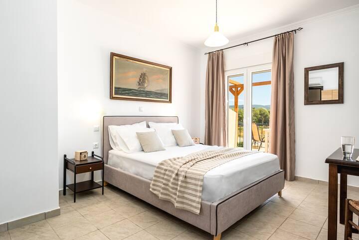donna dorato comfort apartment G2 #foinikounta#