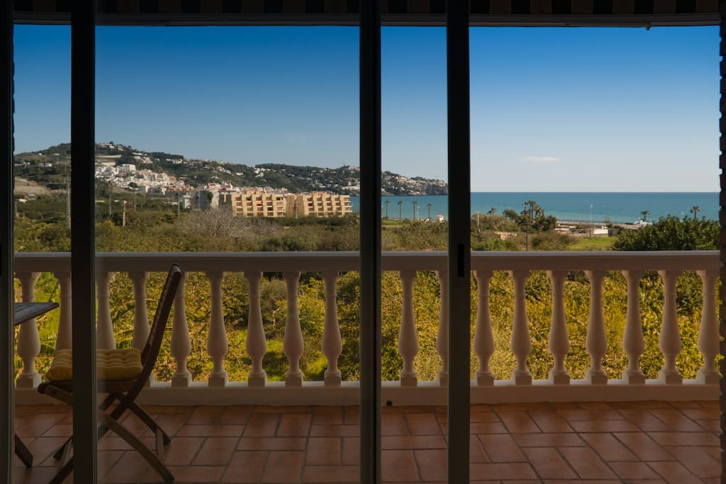 Vista del dormitorio   View from the bedroom