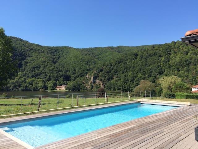 Villa au calme avec vue sur la Loire - Saint-Paul-en-Cornillon - House