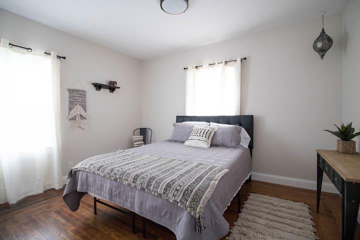 Downstairs - Queen Bed