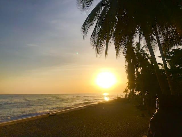 Ecocabaña beach front in the Caribbean Coast, №1
