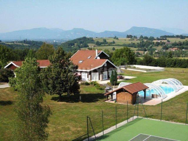 Maison Familiale Cocooning Tennis & Piscine - Les Abrets - Dom