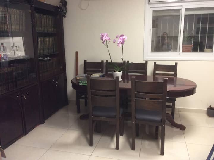 A beautiful apartment in the heart of Har nof