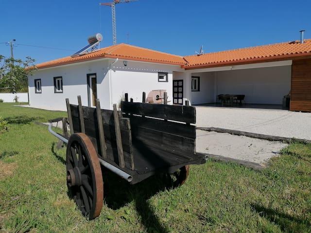 Casa moderna a 13km da praia