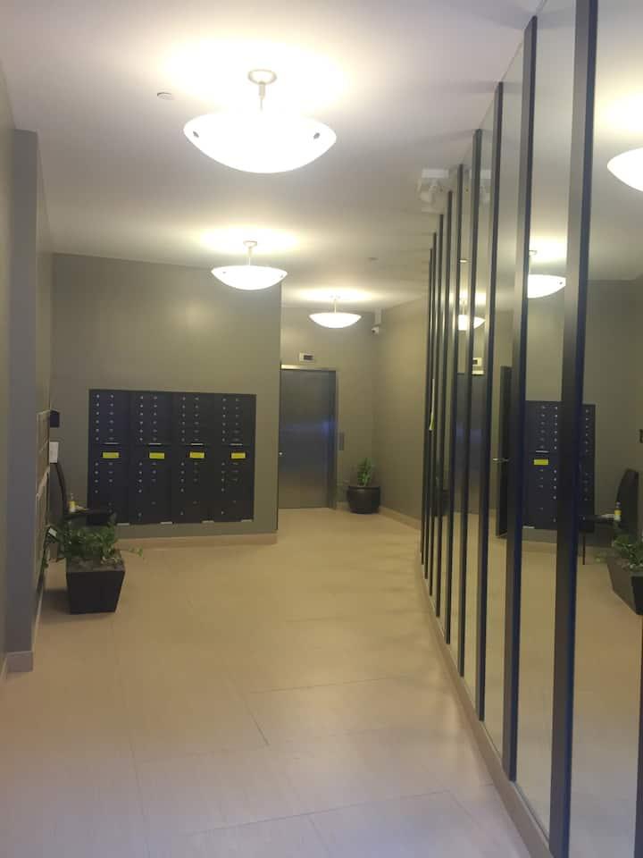 RENOVATED STUDIO ( LITTLE ITALY )